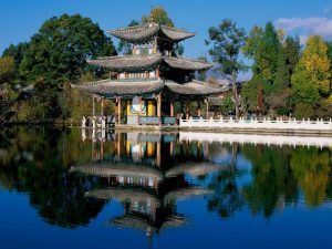 dragon-pool-park-lijiang